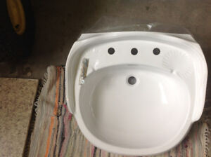 Sink for master bedroom brand new in box