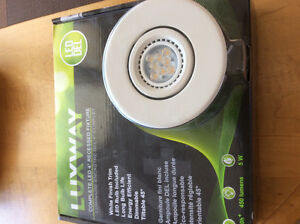 """Luxway Complete LED 4"""" Recessed Fixtures x 2"""