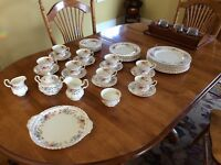 Royal Albert JUBILEE ROSE bone china 8 place setting