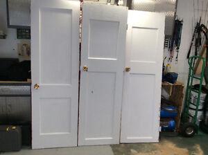 3 portes plaine de garde robe