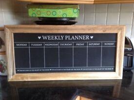 Kitchen days of the week chalkboard memo