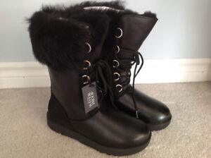 Women's Ugg boots, size 8.5 new, in box