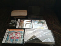 DSI XL IN VERY GOOD CONDITION + ACCESSORIES AND GAMES