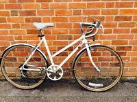 Cream women's retro racing bike. £80