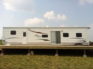 2012 Hy-Line Custom 44' Park Trailer