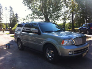 2006 Lincoln Navigator 4x4-Ultimate Package- Fully Loaded