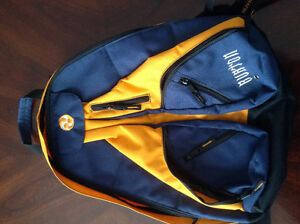 New Burton backpack...never used..lots of pockets