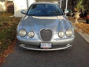 2003 Jaguar S-TYPE 4.2L V-8 Sedan