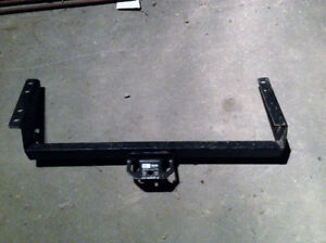 Dodge and Chrysler Minivan Reese Trailer Hitch