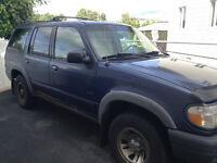 2000 Ford Explorer VUS