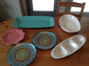 Serving plates, dip tray