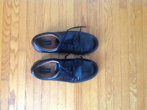 Dockers' Dress Shoes !