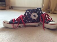 Converse Hightops size 5