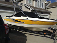 Like new only 65 hrs Maxum 180 SR3