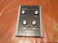 Tascam US-122mkII USB Audio / MIDI interface for mic / guitar / keyboard