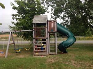 Kids Large Play Structure (an early Christmas gift?)