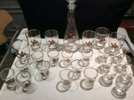 RARE Vintage Fox Hunting Scenes Decanter & Shot Glasses