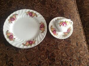 cottage rose dishes   reduced