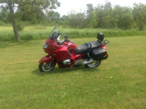 2004 BMW R1150RT.     NEW  PRICE. !!!!