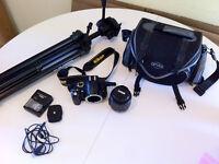 Nikon D3000 + lentille + Case + Trépied + Chargeur Suivre|Partag