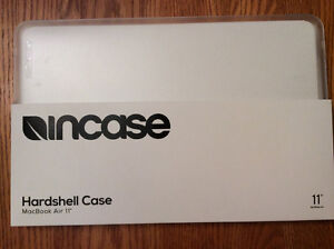 """Incase Hardsell Case for 11"""" MacBoor Air - Brand New in Box"""