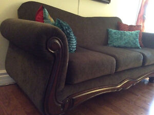 Mint condition Sofa and Loveseat for Sale London Ontario image 2