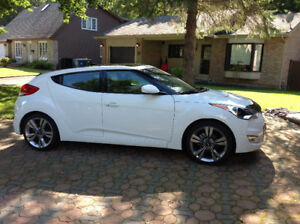 2012 Hyundai Veloster Tech pack Hatchback