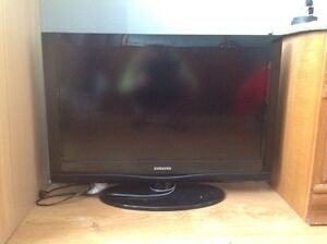 Samsung flat screen for Sale.