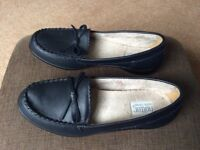 Hotter shoes size 5 ( new)