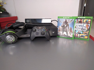 Xbox One + Connect+ Afterglow headphones+ Controller+ 2 games!