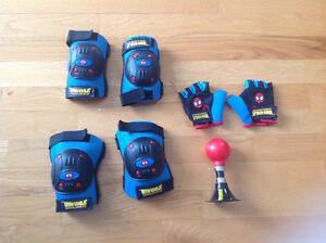 Spiderman knee pads, elbow pads and horn.