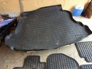 TRUNK LINER & ALL WEATHER FLOOR MATS (TOYOTA COROLLA)