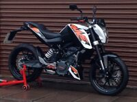 KTM Duke 125 ABS 2014. Only 3940miles. Delivery Available *Credit & Debit Cards Accepted*