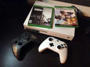 XBOX ONE S GREAT CONDITION/2 Controllers/ 2 Games/ Check Desc
