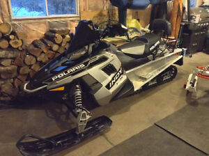 2016 Polaris Indy 550 LXT Fan Cool Touring