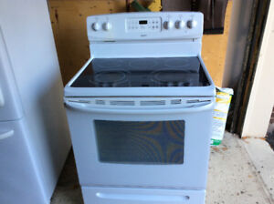 Kenmore stove, excellent condition