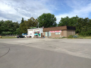 Chip truck and retail space for lease-Lakefield