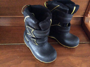 Size 8 winter boots