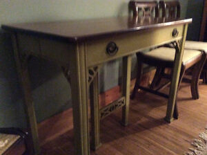 Antique table and chairs Peterborough Peterborough Area image 1