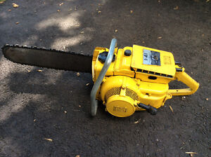 Vintage 1960 McCulloch 1-41 Chainsaw