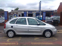 Citroen Xsara Picasso 2.0HDi 90hp 2004MY Exclusive 12 months mot 2 lady owners