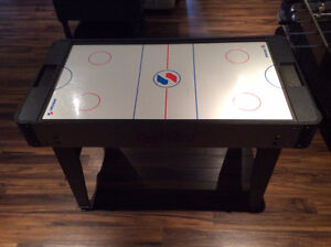 Table air hockey et baby foot