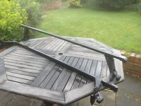 Roof bars, for vehicles with gutter, suit 4x4, van, 7.5 inch drop. £10 only.
