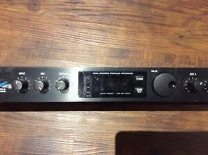 Alesis Microverb 4 - Programmable effects processor Kitchener / Waterloo Kitchener Area image 3