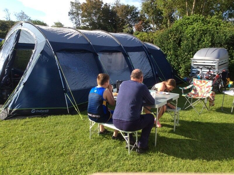 Outwell Phoenix 6 Tent Package In Hull East Yorkshire