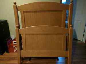 College Woodwork Childrens beds Kawartha Lakes Peterborough Area image 1