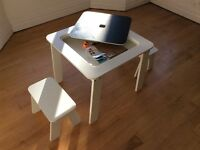Kids White Table/Desk and Stools