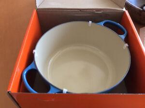 Le Creuset 6.7 L Round Enamelled Cast Iron Pot - Marseille - New