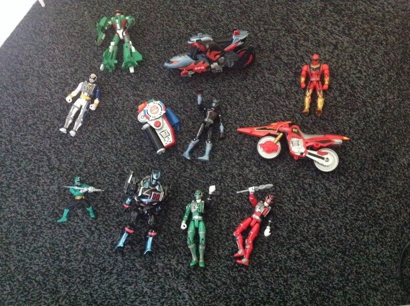 Power ranger toys includes