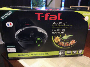 Brand New Tfal Actifry Express XL Family